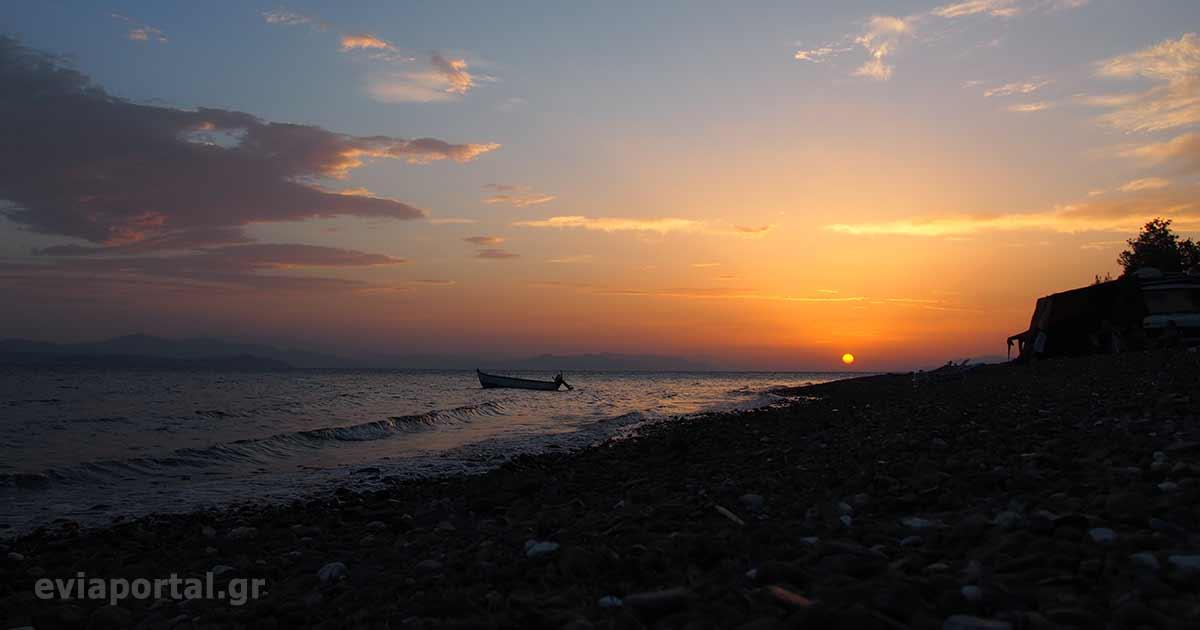Ηλιοβασίλεμα στην Παραλία Μονής Γαλατάκης