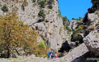 Πεζοπορία στο φαράγγι της Αγάλης στον Άγιο Αθανάσιο της Εύβοιας