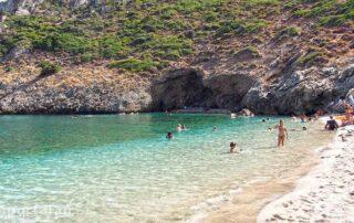 Παραλία Αρμυρίχι Μεσοχώρια Εύβοιας