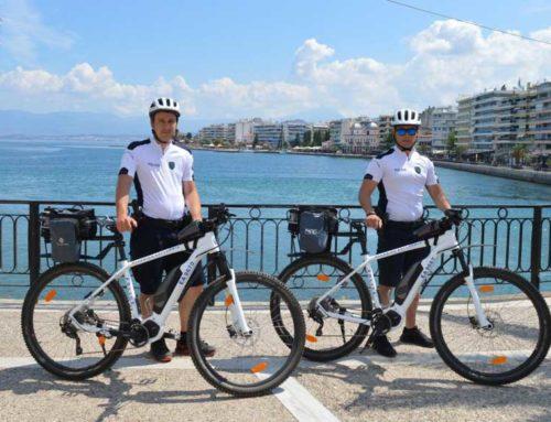 Ένας χρόνος εμφανούς αστυνόμευσης με ποδήλατα στην πόλη της Χαλκίδας