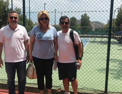 Η Έλενα Βάκα στους αγώνες του Πανελλήνιου πρωταθλήματος τένις στη Χαλκίδα