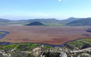 Λίμνη Δύστος